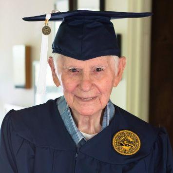 3 tecniche di studio per laurearti prima di compiere 94 anni