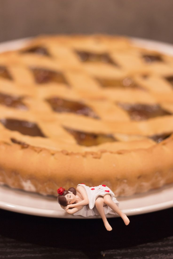 Fuchiko + chestnut pie = happyness #コップのフチ子