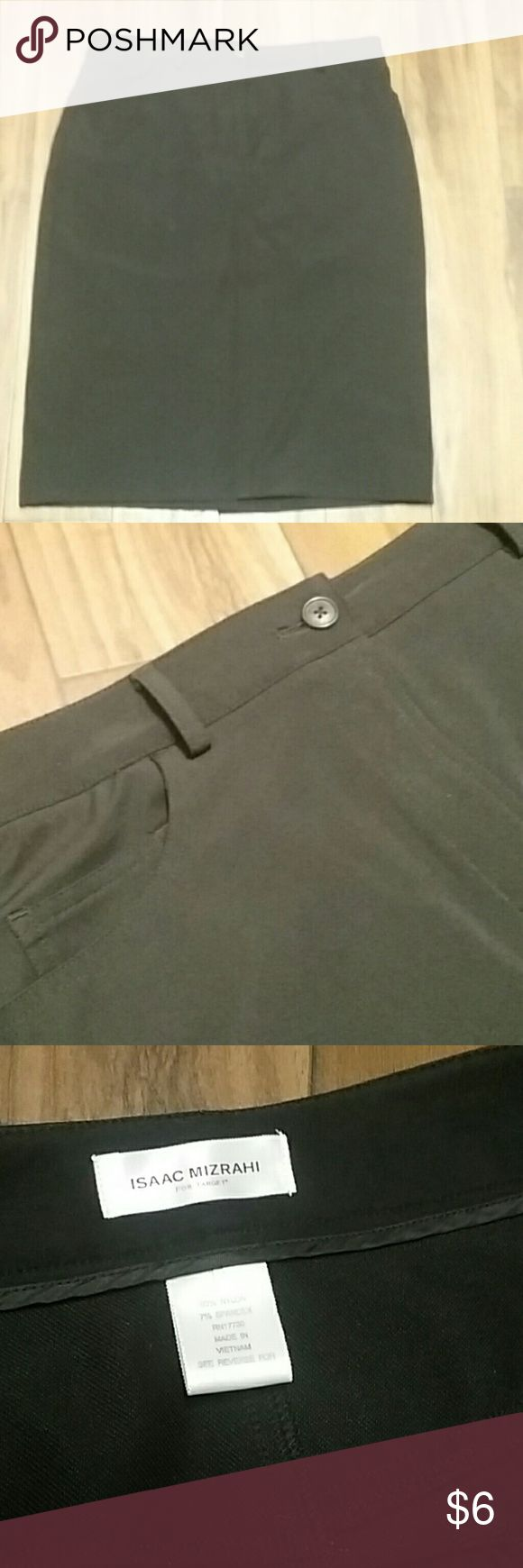 Isaac Mizrahi for Target stretch pencil skirt, 12 Great basic that can be dressed up or down.  It has back pockets and a ton of stretch, with a back vent and belt loops.  It's in EUC. Isaac Mizrahi Skirts Pencil