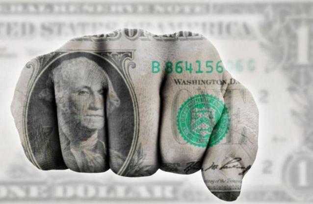 #Forex US Dollar plunged to 16-month low but risk aversion can boost the greenback New York City, USA – The US Dollar plunged to 16-month low, a move which is against the latest tightening measurements coming from the #ECB and BOJ. The Dollar index has reached levels not seen since January 2015 after breaking below the 92.00 level, but managed to recover some of the losses p...