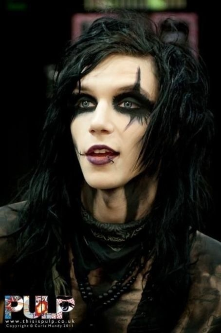 Andy Biersack, this is my fav of Andys looks