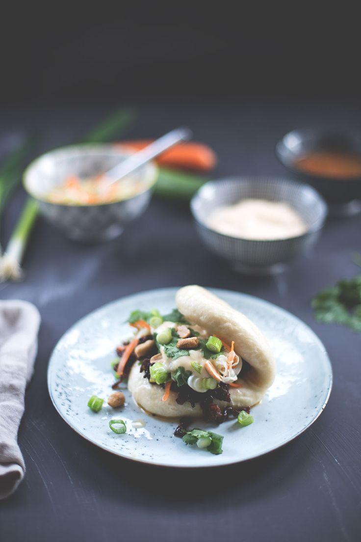 Thermomix meets Asia: Rezept für Gua Bao Burger mit Sweet Chili Sauce und Sriracha-Mayo | moeyskitchen.com