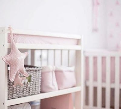 Estrella musical elodie🌟 de @pasitoapasitobarcelona decorando habitaciones👶🏼 ¡ Grazzie bellisima foto Casa Del Bambino!  #pasitoapasito#pasitoapasitoitalia #decobebe #estiloinconfundible #maternidad#puericultura