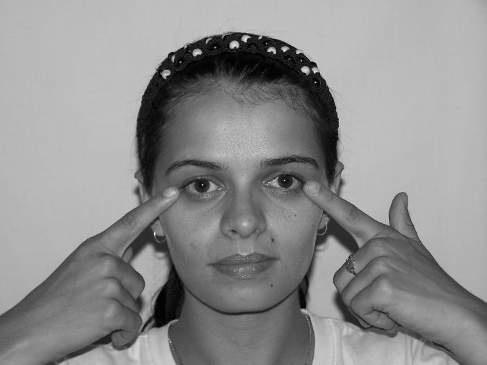 The Face Acupressure Gymnastics Guide For Ladies And Men To Accomplish A Facelift Without Surgery