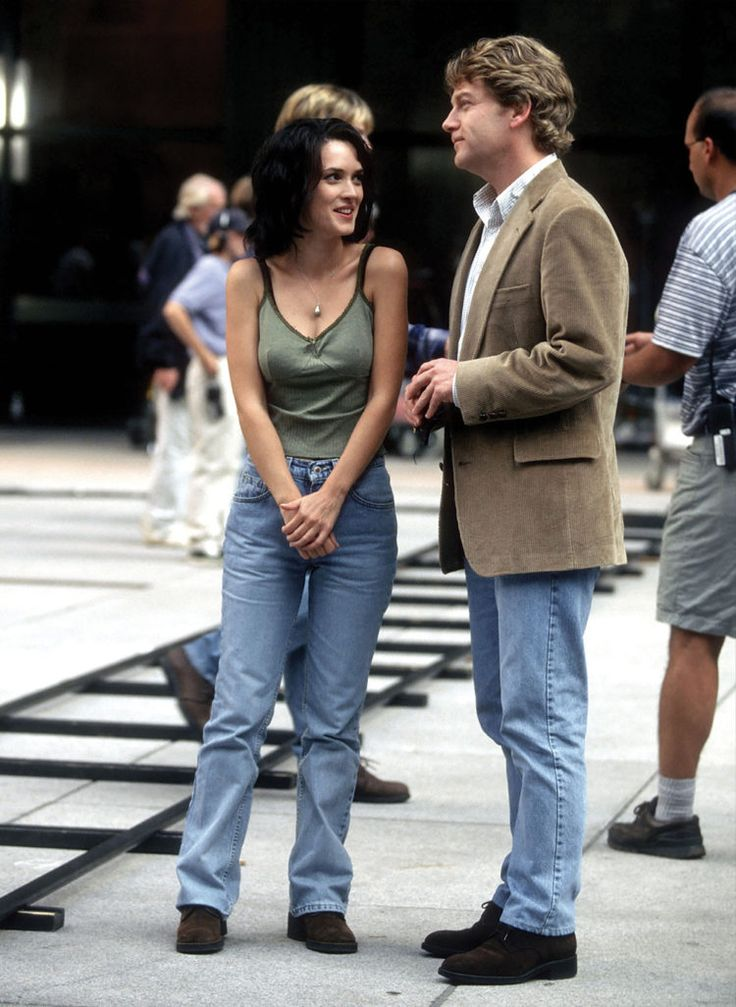 18 outfits Winona Ryder wore in the 90s that we would still wear today - Fashion Quarterly