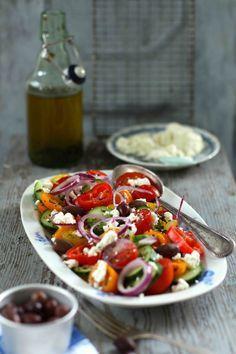 Griechischer Salat mit Schafskäse   Dee's Küche