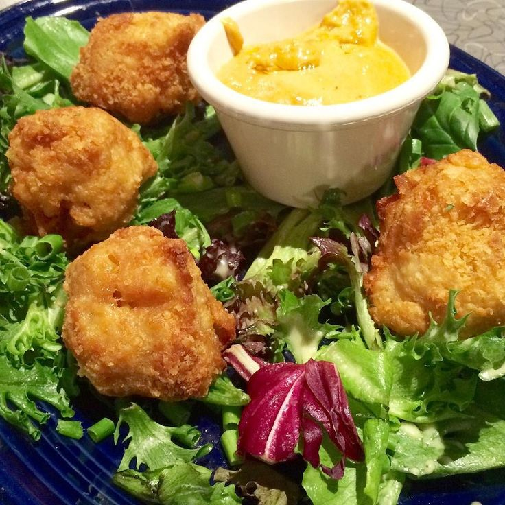 """Our new Blue Plate Special (starts tonight) is an appetizer: FRIED MAC 'N CHEESE BALLS! (#vegan) Our house vegan mac 'n cheese rolled into bite-sized balls breaded and deep fried and served w/a side of our house vegan cheese sauce. We're considering adding this to our regular """"starters & sides"""" menu so please do stop in this week give it a try and let us know what you think! Available on our Dinner menu starting at 5 p.m. Starts on a Wednesday and runs for a week. #veggiegalaxy…"""