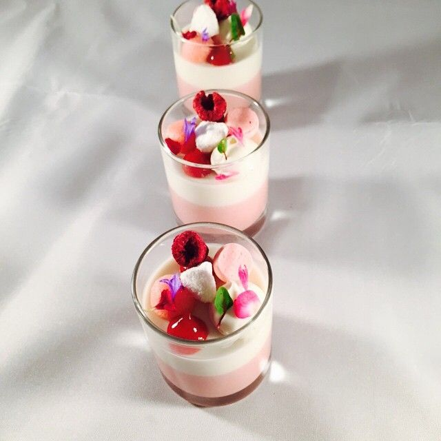 """Today verrines: berries Cremeux , coconut Panna cotta , strawberry meringue, coconut rock, strawberry foam , coconut Malibu cream @stregisbalharbour…"""