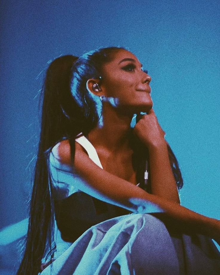"Gefällt 1.1 Mio. Mal, 13.5 Tsd. Kommentare - Ariana Grande (@arianagrande) auf Instagram: ""I'm...... jus..... thinkin bout you... Love you, Saint Paul  Thank you so much #reallytho…"""