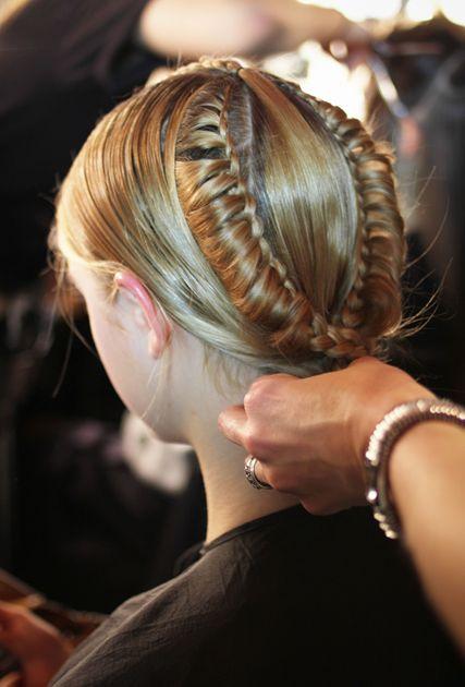 .Long Hair Style, 3D Braids, Braids Updo, Nice Hairstyles, Adorable Braids, Medium Hair, Lace Braids, Lace Crowns, Hairstyles Ideas