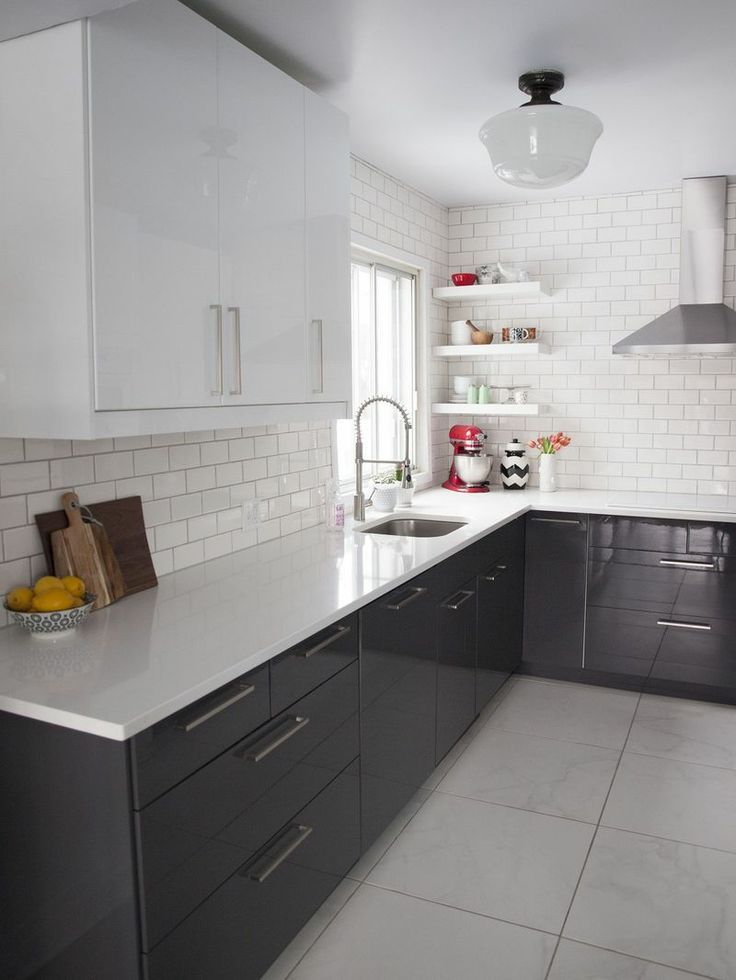 clean + bright kitchen in Montreal