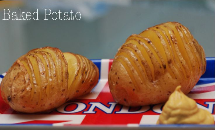 Baked Potato on http://www.thetasteforfood.com