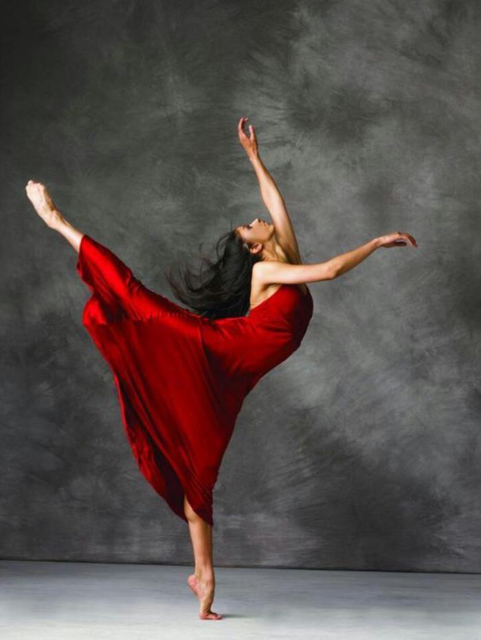 danse contemporaine, tenue robe fluide