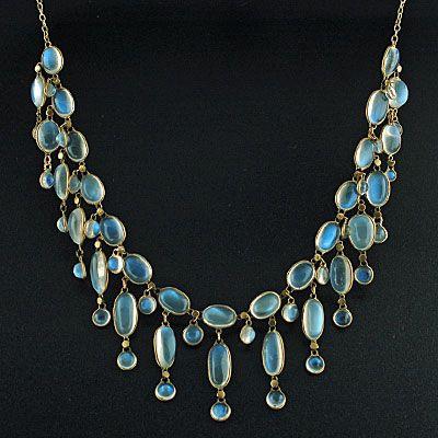 Art Nouveau Moonstone necklace, Circa 1900's