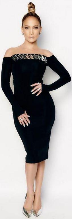 Jennifer Lopez in Dress – David Koma  Shoes – Casadei