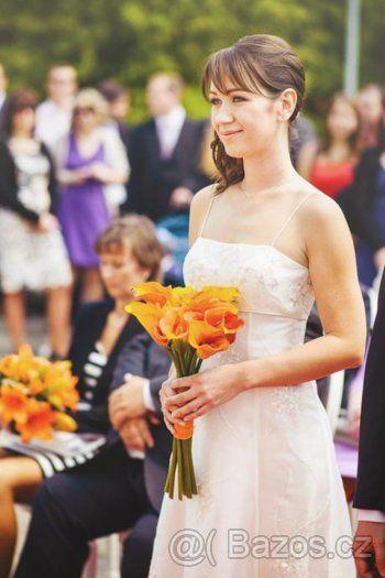 Jednoduché svatební šaty - 1