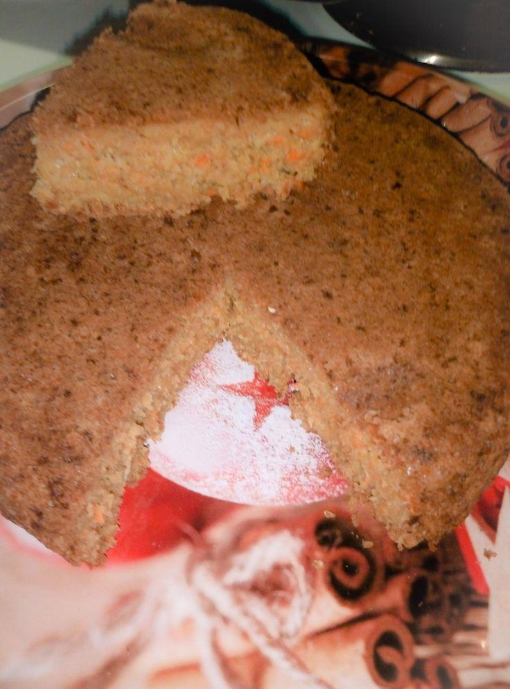 Αλμυρό κέικ βρώμης με κεφαλοτύρι και καρότο
