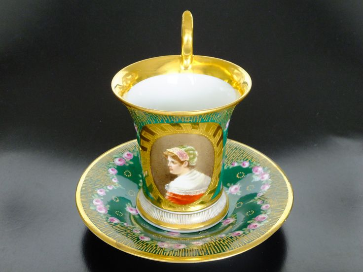Porcelain cup and saucer set by Richard Klemm, Dresden, Germany 1824-1836