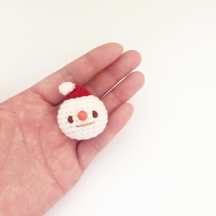 Crochet snowman doll amigurumi by isodreams 손뜨개 눈사람 인형 by 이소의꿈타래