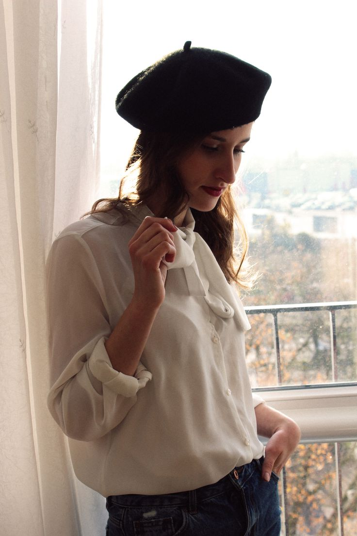 beret, white shirt, french, french style