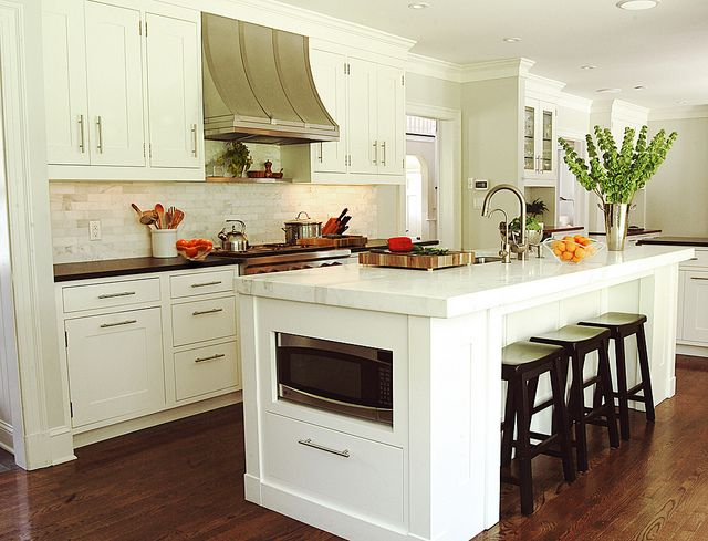 Ceiling Height Cabinets Painted In Benjamin Moore White Dove Paired With Brushed Nickel Hardware Absolute
