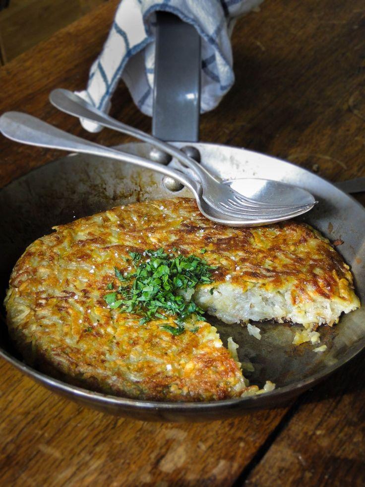 potato rösti (Swiss potato cake)