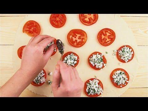 Пирожки с помидорами и сыром