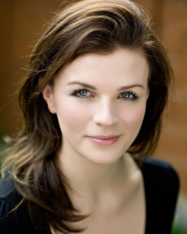 Aisling Bea - BBC COMEDY FEEDS 2014 Born 16 March 1984 Aisling appeared in the Comedy Feed Vodka Diaries. Description from pinterest.com. I searched for this on bing.com/images