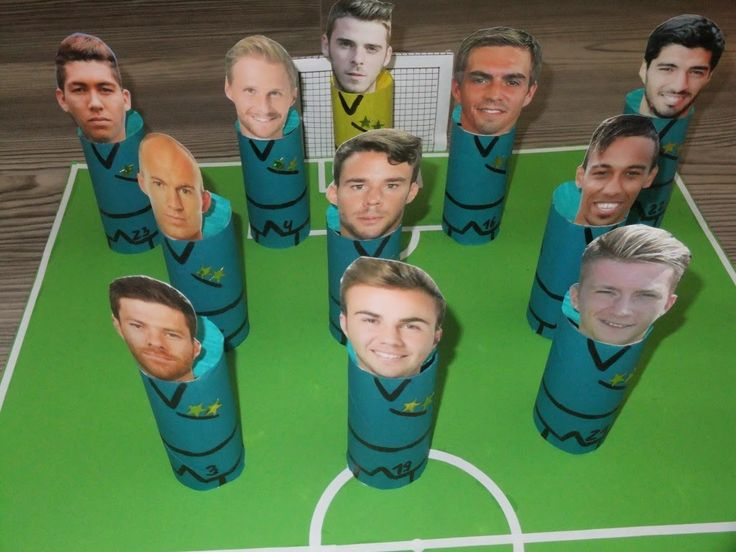 Fussball-Adventskalender aus Toilettenrollen / Soccer Advent Calendar made with toilet paper rolls / Upcycling