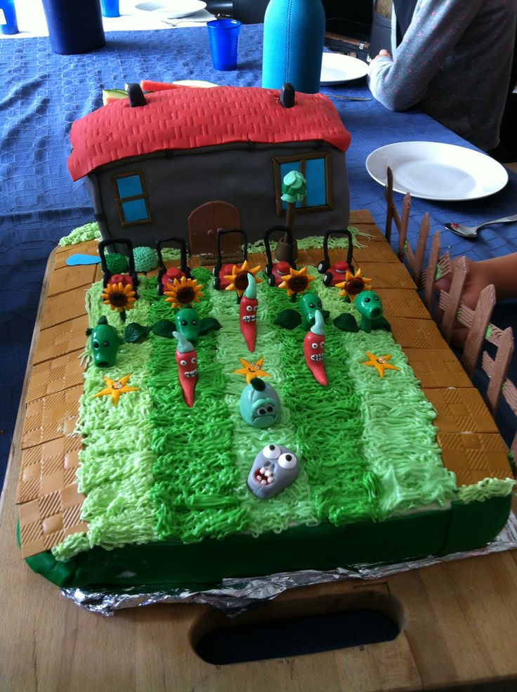 Cake for my son. Plants vs Zombies