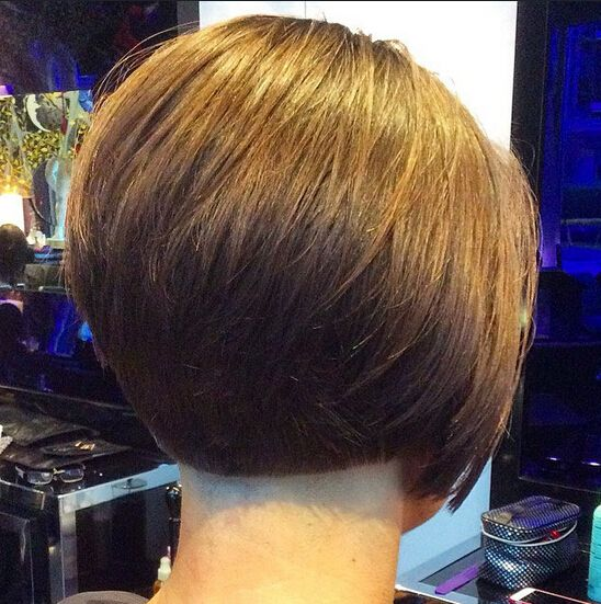 Chic Office Hairstyles for Short Hair
