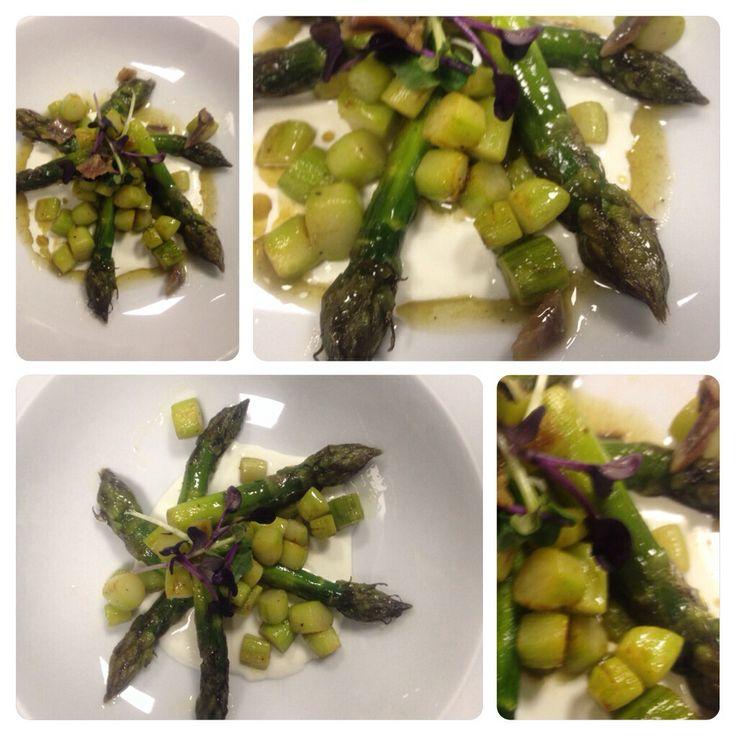 #ristorante i castelli # asparagi burrata e acciughe