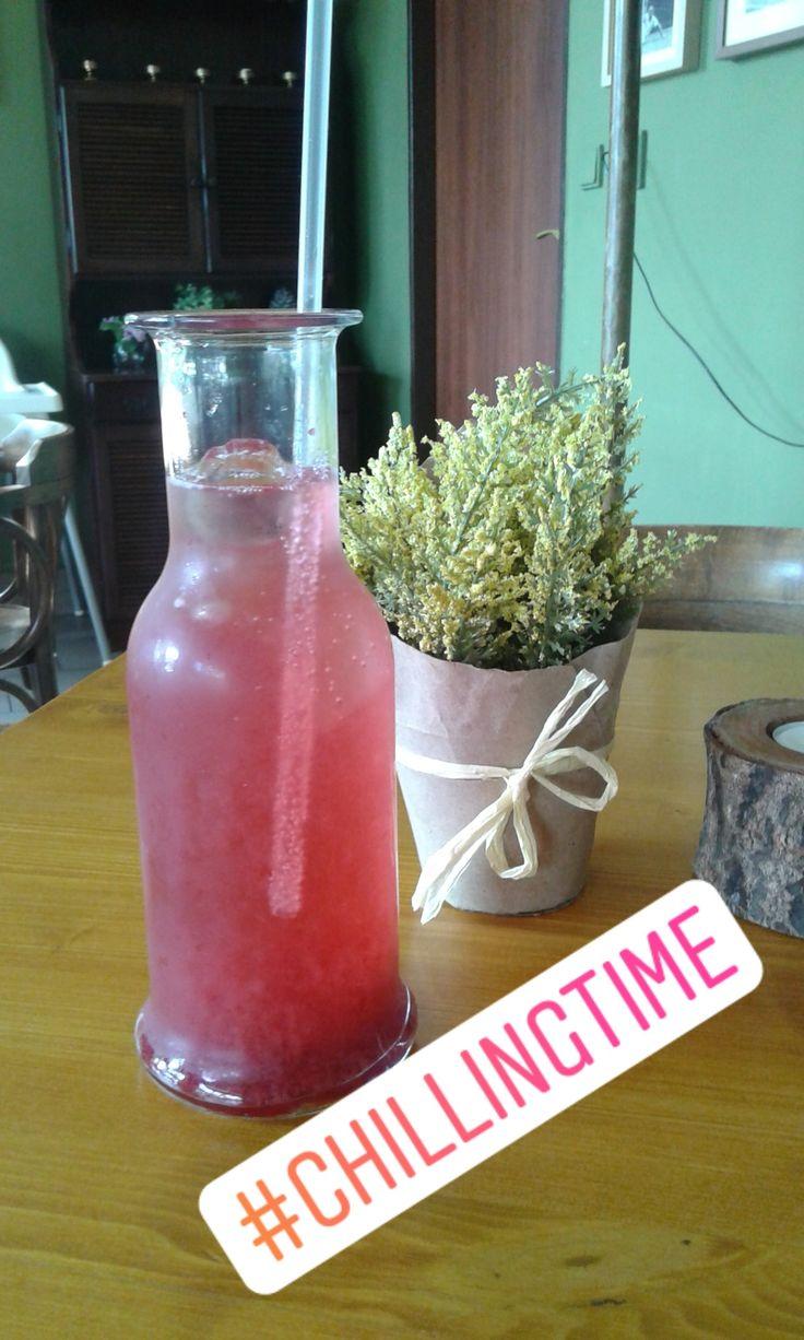 Cherry lemonade, love it! via Instagram stories of @quaintrelle.georgiana  https://www.instagram.com/quaintrelle.georgiana/ | Georgiana Quaint