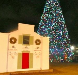 Santas New House At the 100Foot Christmas Tree in Delray Beach