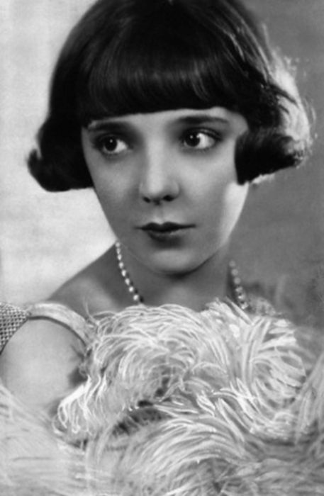 Jessie Matthews, 1929 & looking fine