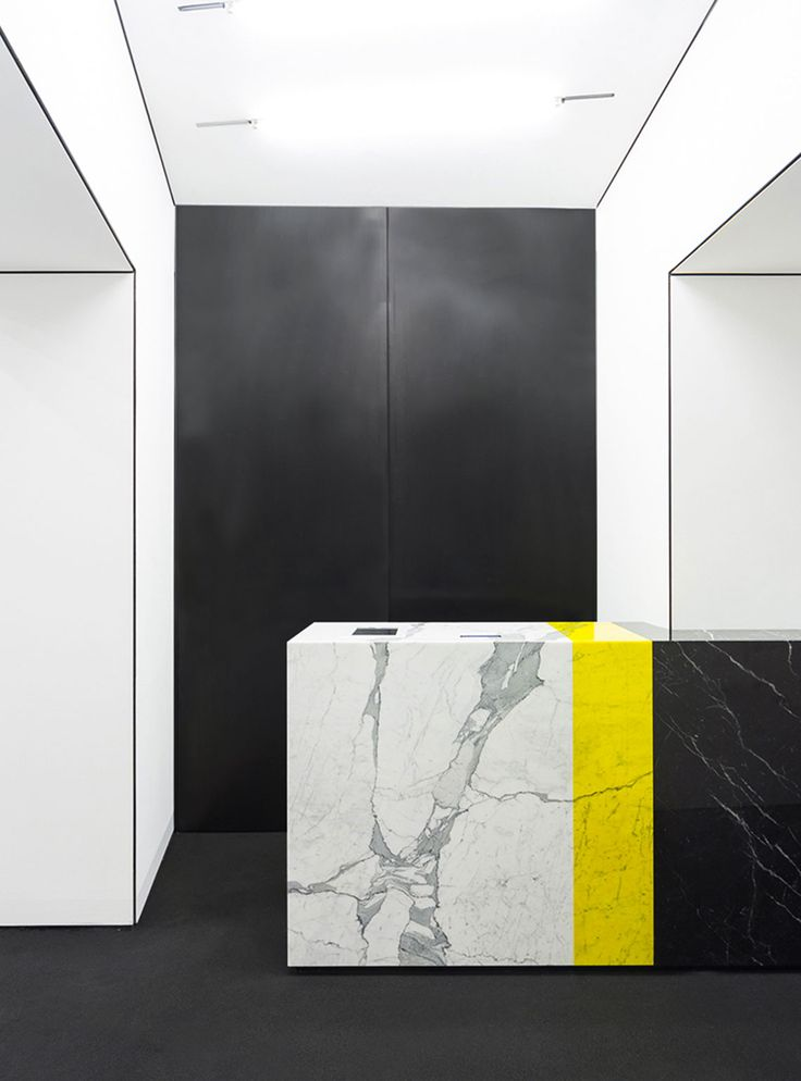 MSGM Store Milano 2013 by CLS Architetti