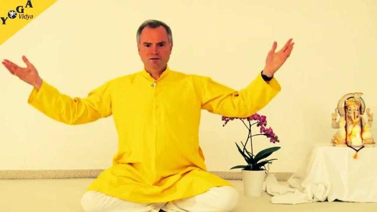 Dies ist ein 10-wöchiger Meditationskurs, in dem dich Sukadev systematisch zur Meditation anleitet.  In diesem kannst du  1) herausfinden, welche Meditationstechnik für dich am besten funktioniert,  2) durch den systematischen Aufbau deinen Geist schulen, Entspannungs-, Auflade- und Entspannungsübungen lernen, und  3) bekommst nach jeder Einheit eine Übung, die dir eine Anregung bietet, die spirituelle Praxis ins alltägliche Leben zu integrieren. http://www.yoga-vidya.de/meditation.html.