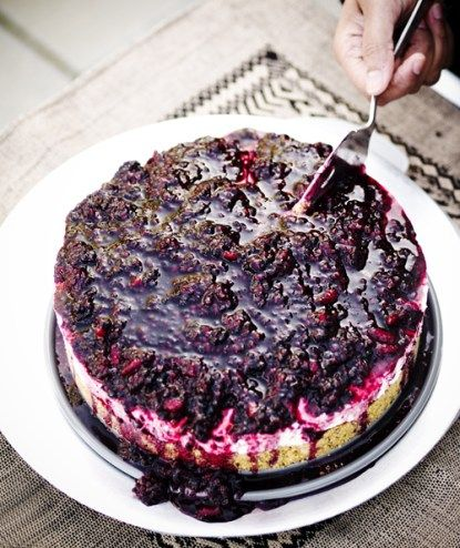 Jamie Oliver's Lemon-Vanilla no bake Cheesecake with Blackberry sauce | Cheeky Chilli