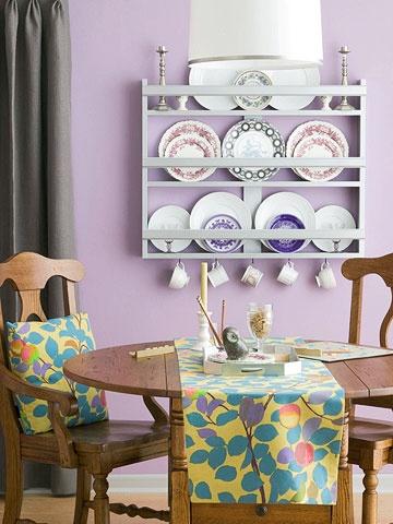 Kitchen Walls: Decor Ideas, China Cabinets, Bathroom Wall Color, Wall Cabinets, Plates Racks, Wall Plates, Old Plates, Plates Cups, Rooms Color