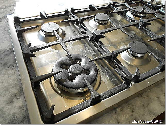 Clean That Stainless Steel Stove Top The Easy Breezy Way Stainless Steel Cleaning Stainless Steel Stove Stainless Steel Gas Stove