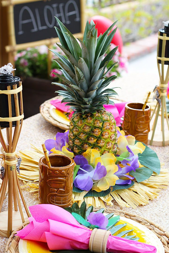 Diy pineapple centerpieces luau luau luau party party for Hawaiin decorations