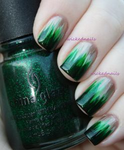 Dip dye nails nail art design in gold metallic with shades of green