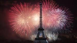 Résultats de recherche d'images pour «feu d'artifice nouvel an paris»