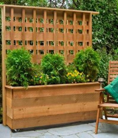 carport privacy panter ideas | This easy-to-build privacy planter provides an attractive screen and ...
