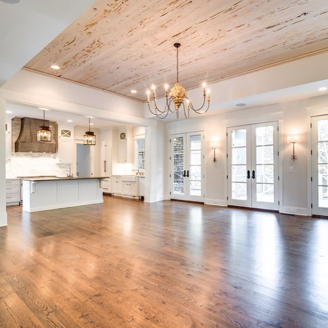Instagram photo by Chandelier Development | house tour here http://www.chandelierdevelopment.com/homes/4320-lindawood/