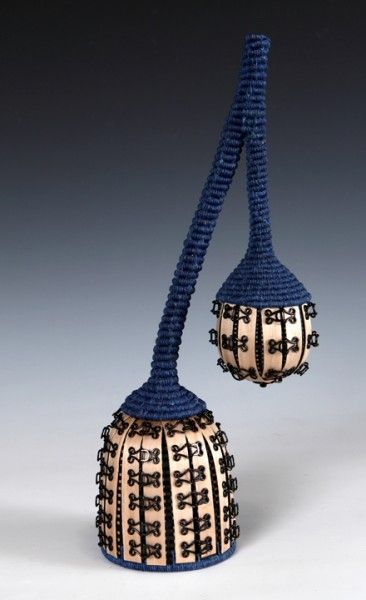joanne russo: contemporary baskets and sculpture (via dailyartmuse) -- love her use of hook and eye closures!