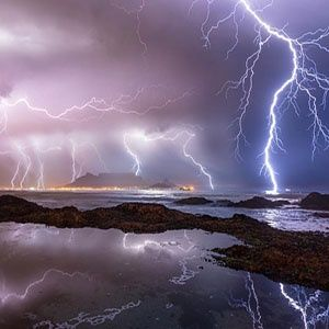 We had the most beautiful thunderstorm last night and Mother Nature provided Cape Town with an extraordinary lightning show while pouring down some much needed rain. Have a look at these incredible pictures. #CapeTown #capetownrain