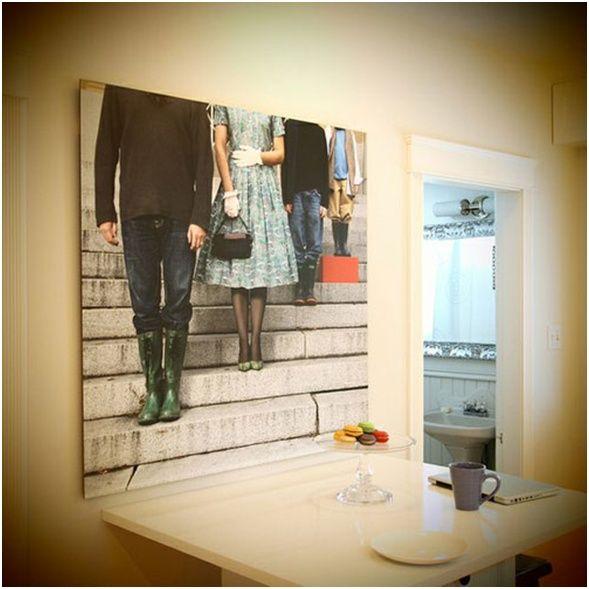 Familienfotos-an-die-Wand-küche-kunstvoll