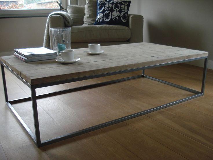 Koffietafels - salontafel van steigerhout met stalen onderstel - Een uniek product van purewooddesign op DaWanda