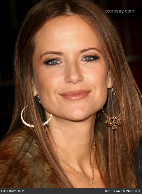 Kelly Preston as Patricia (Laney's Mom) in This Side of Forever